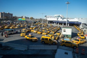Taxi queue at LaGuardia Photo credit: Scott Beale / Laughing Squid